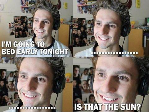 gamer-up-late
